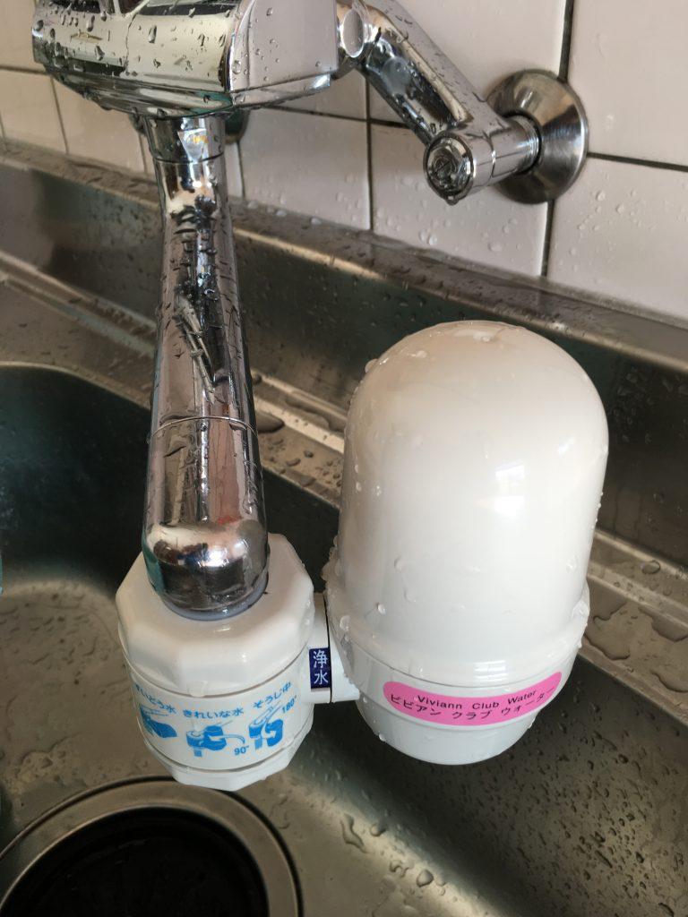 引っ越し先にもガイアの水の取り付けました。